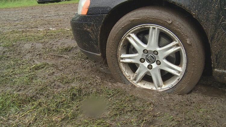 Voorkom auto's in de modder met grastegels